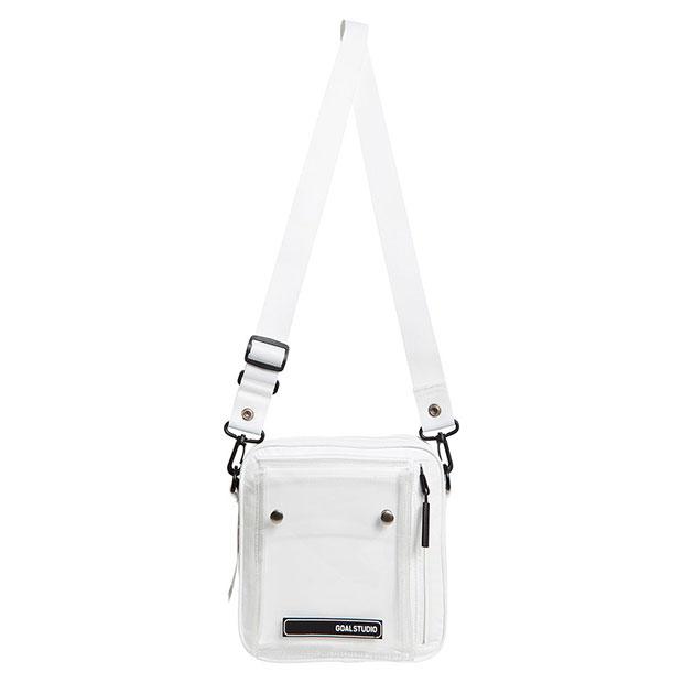 ロゴワッペン スモールスクウェアショルダーバッグ  g20xum2bg03-wht ホワイト